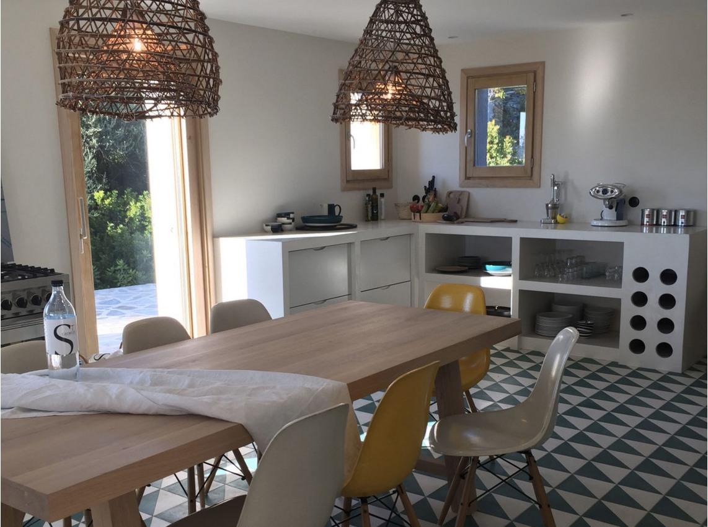 Corse décoration interieure d'une maison et création d'une cuisine